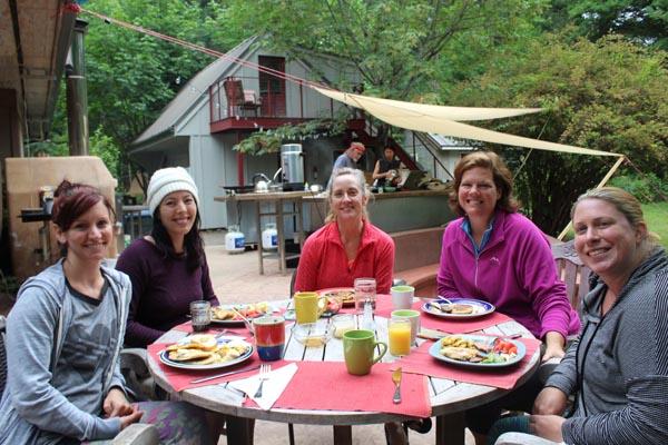local-breakfast-womens-yoga-retreat-oregon