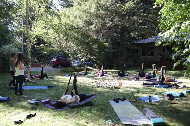womens yoga retreat in oregon