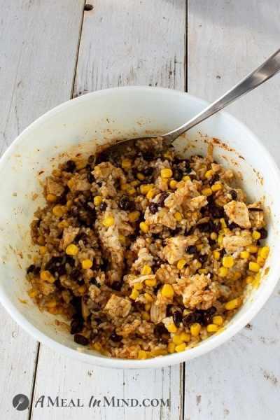 Green-Chile-Rice Chicken Casserole chicken rice mixture in bowl