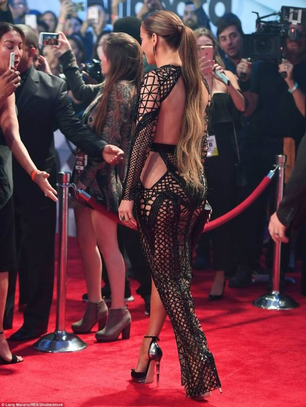 Jennifer Lopez Slays In Two Revealing Dresses At The Billboard Latin Music Awards 2017 3