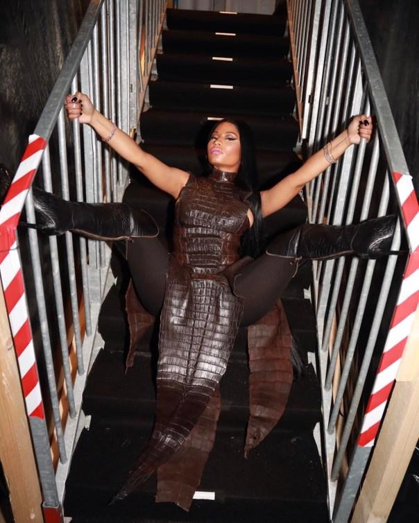 Nicki Minaj Spreads Her Legs Wide Open In Balmain Crocodile Dress At AmfAR Gala 1