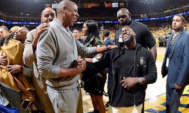 Jay Z Viral Laughing Photo (1)