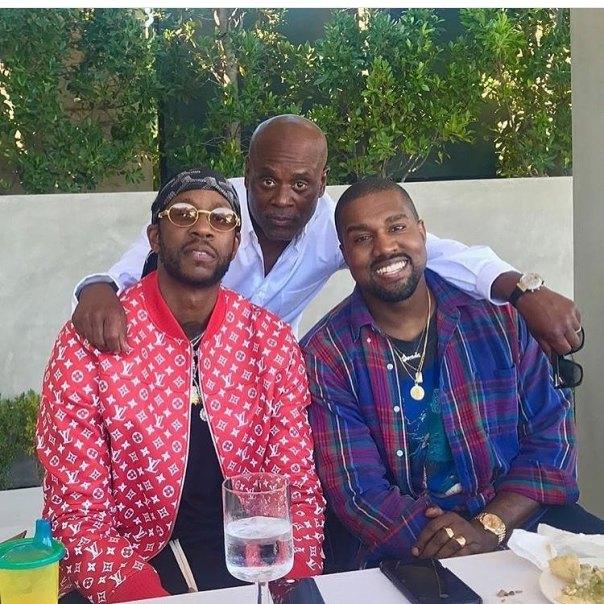 Kim Kardashian And Kanye West Fun Family Photo Alongside 2Chainz (3)
