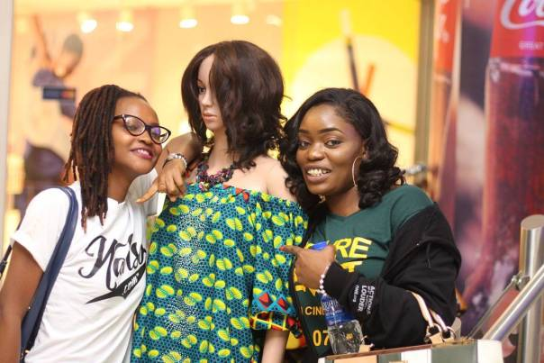 Bisola Aiyeola And Marvis Nkpornwi Were Pictured Together At The Cinema (3)