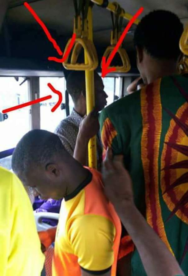 Elderly Man Tried To Finger A Young Lady In A Commercial Bus (1)