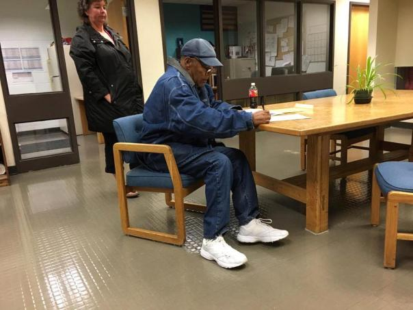 O.J. Simpson Has Been Set Free From Prison After Nine Years For Robbery (1)