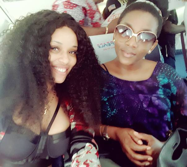 Onyii Alex Meets Genevieve Nnaji For The First Time (2)