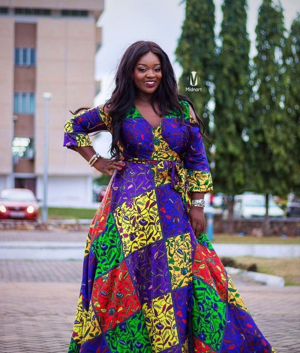Jackie Appiah Completely Slays In Silk Ankara (2)