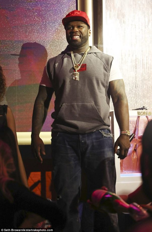 50 Cent Broke $1,000 Worth Of DJ Equipment After He Jumped On Top Mixer (2)