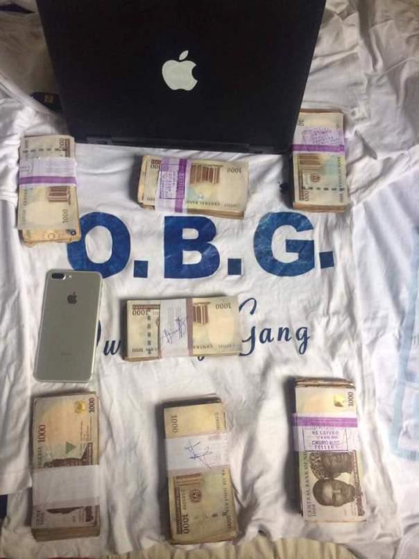 Freeman Obg Owoboy The Nigerian Man Who Sleeps On Money (6)