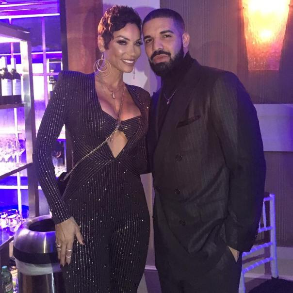 Drake And Nicole Murphy Looked Coupled Up On Her Surprise 50th Birthday (2)