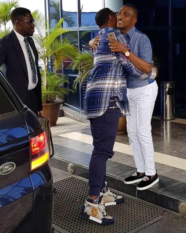 Biodun Fatoyinbo Slays In Sneakers (2)