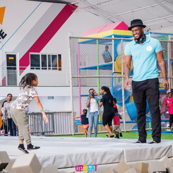 Peter Okoye Chilling At Upbeat Centre (4)