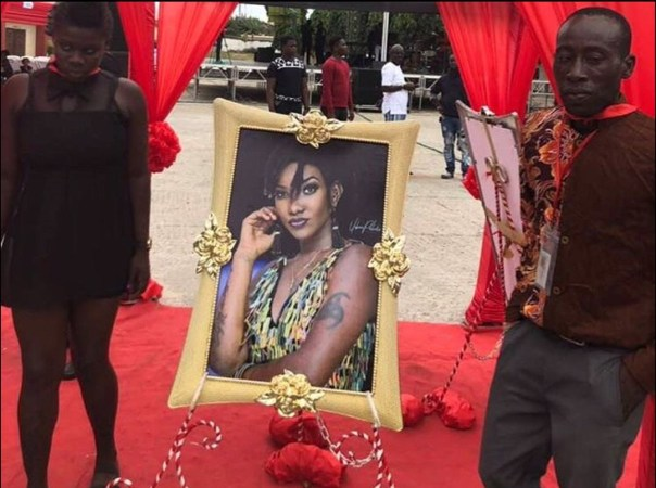 Ebony Reigns One Week Memorial Service (3)