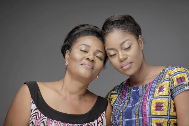 Yvonne Nelson With Her Mother