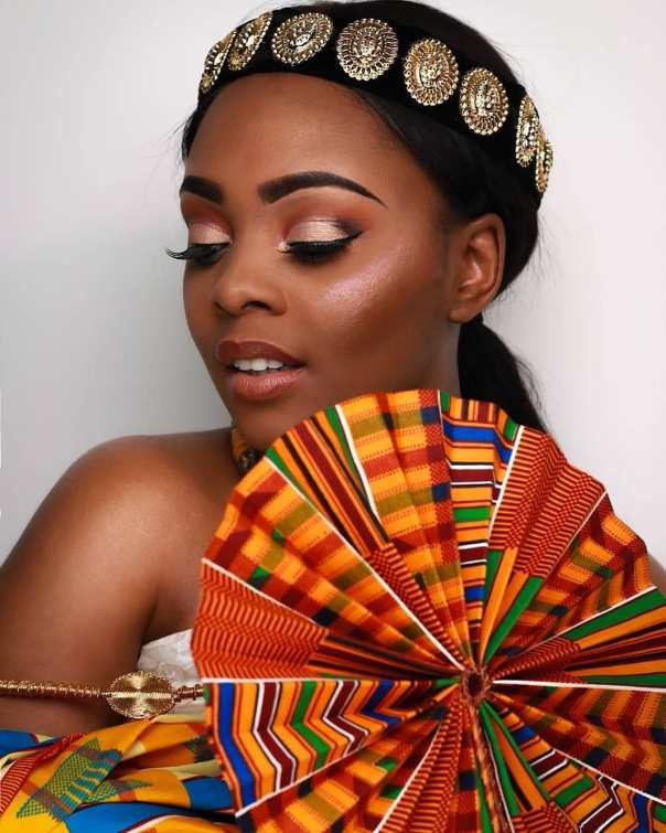 Ava Enchill Rocks Stunning Kente Traditional Cloth To Mark Ghana's 61st Independence Celebrations