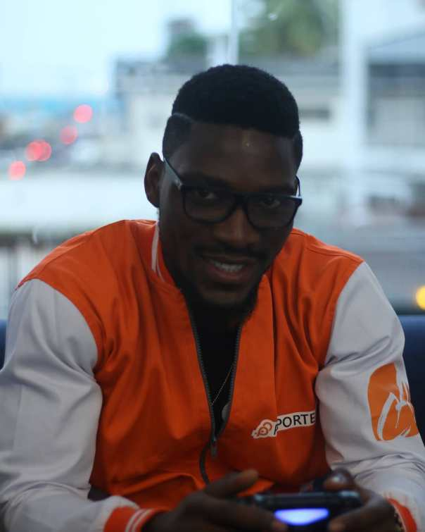 Tobi And Cee-C Reconcile At PayPorte Dinner (5)