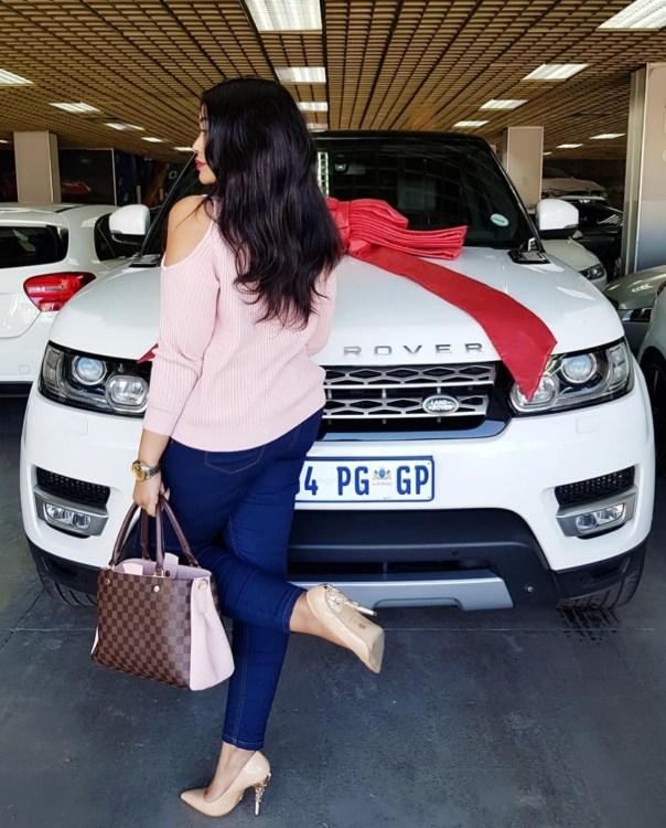Zari Hassan Buys Range Rover Sport (2)