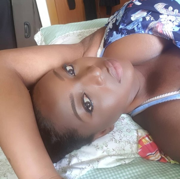 Yvonne Okoro Flashes Cleavage In Bedroom Photo (2)