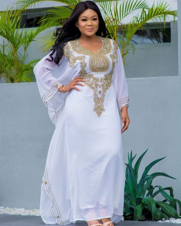 Rachael Okonkwo Stuns In Abaya Dress (3)