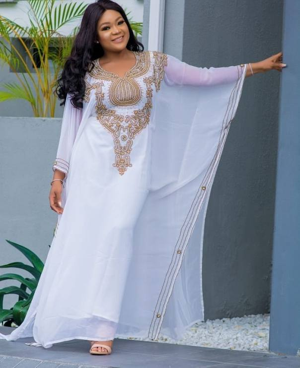 Rachael Okonkwo Stuns In Abaya Dress (4)