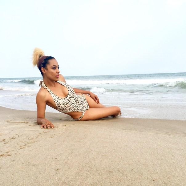 Nikki Samonas Celebrates 33rd Birthday (2)