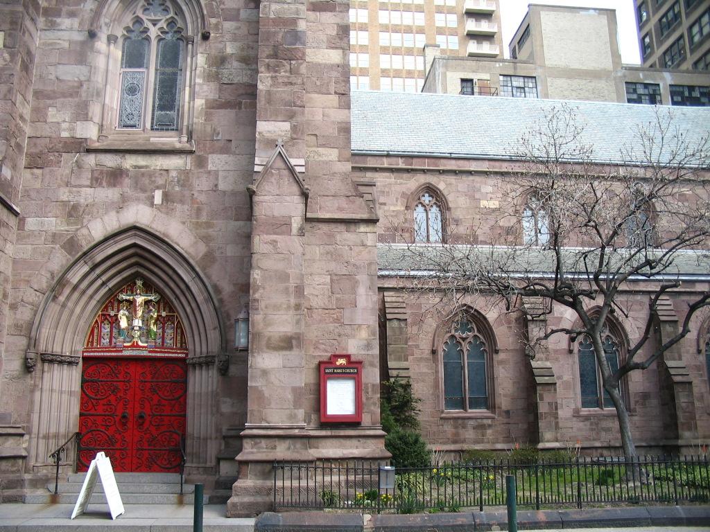 red-church-door-1-23.jpg