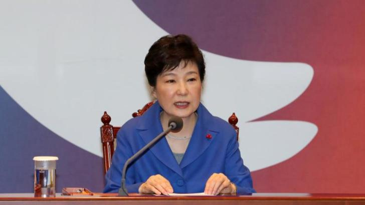 South Korean parliament votes overwhelmingly to impeach President Park