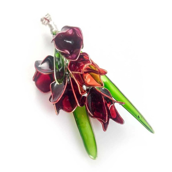 Tulip flower brooch