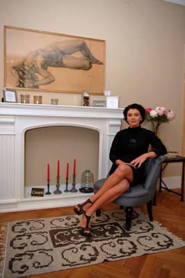 Irina Stefaniu1