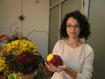 aranjamente-florale-crizantme-atelier-tematic-evmedia-102-71