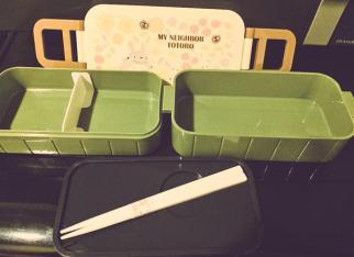 """L'intérieur très organisé de ma boite à bentô """"Totoro"""""""