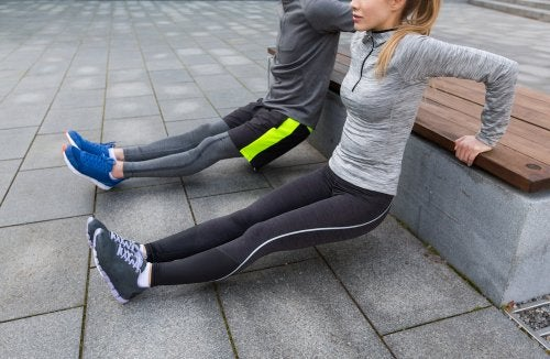 sitting exercises to strengthen the knees