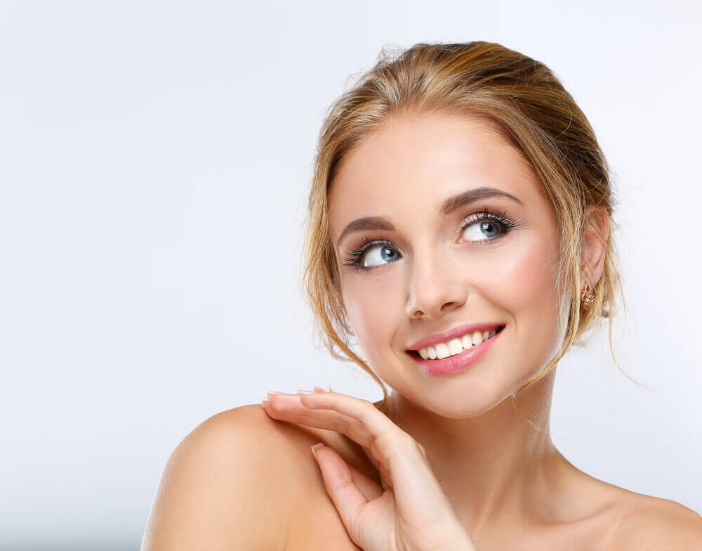 """keeping the skin hydrated """"width ="""" 1000 """"height ="""" 784 """" data-recalc-dims="""