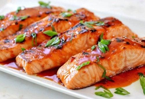 le saumon améliore la santé de la peau