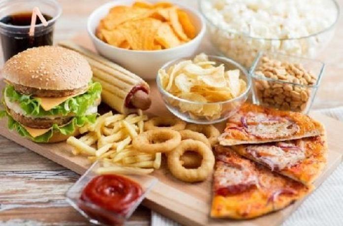 mal manger est une mauvaise habitude qui fait viellir