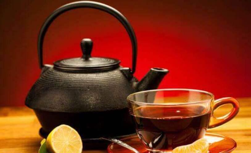 thé noir et citron