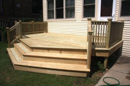 Wide steps allow for additional seating as well as an easy transition down to the yard.