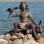 北欧神話の神様のブロンズ像