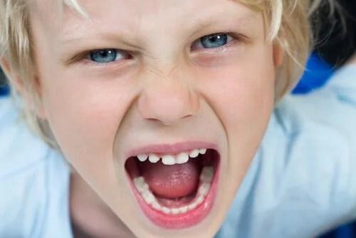 As características da criança simétrica