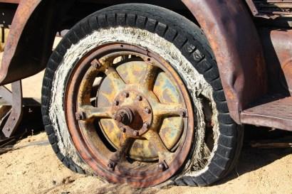 tire-wheel-vintage-antique-53161