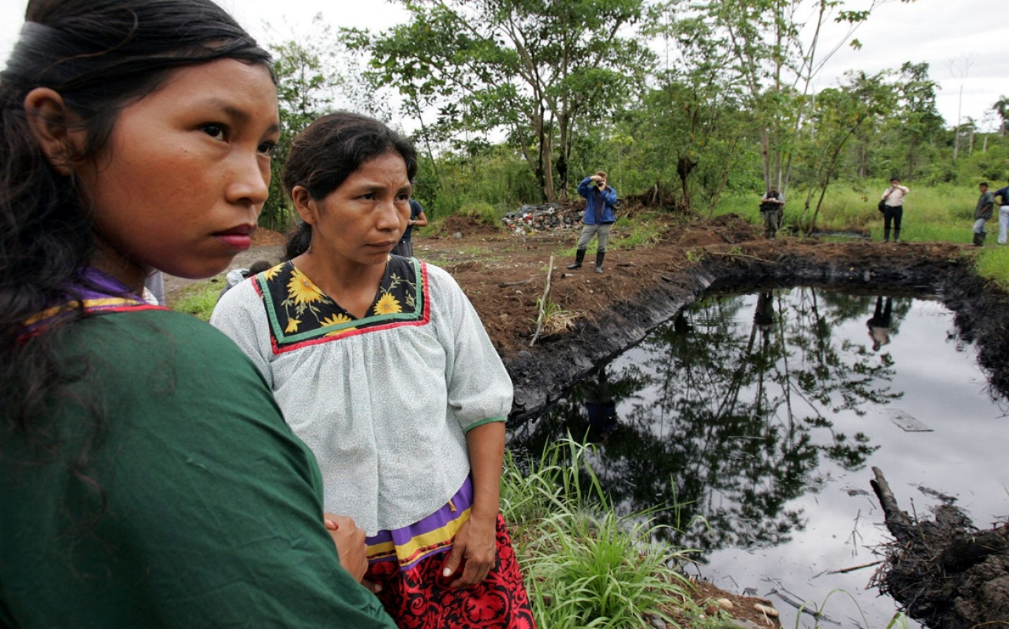 https://i1.wp.com/america.aljazeera.com/content/ajam/articles/2015/9/4/canada-ecuadorians-can-sue-chevron-in-ontario/jcr:content/headlineImage.adapt.1460.high.ecuador_chevron_oil_090415.1441391307985.jpg