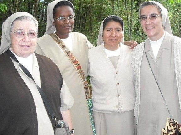 COMUNIDAD CMT EN SAN MIGUEL DE LOS BANCOS – ECUADOR