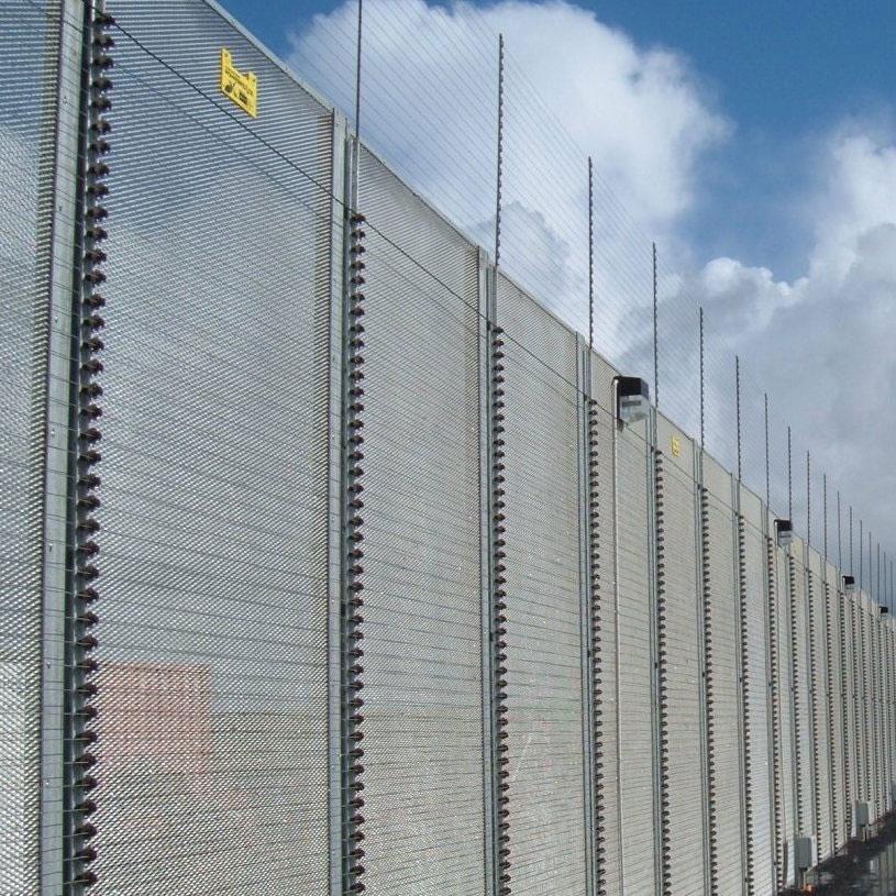 Electric perimeter security fence america