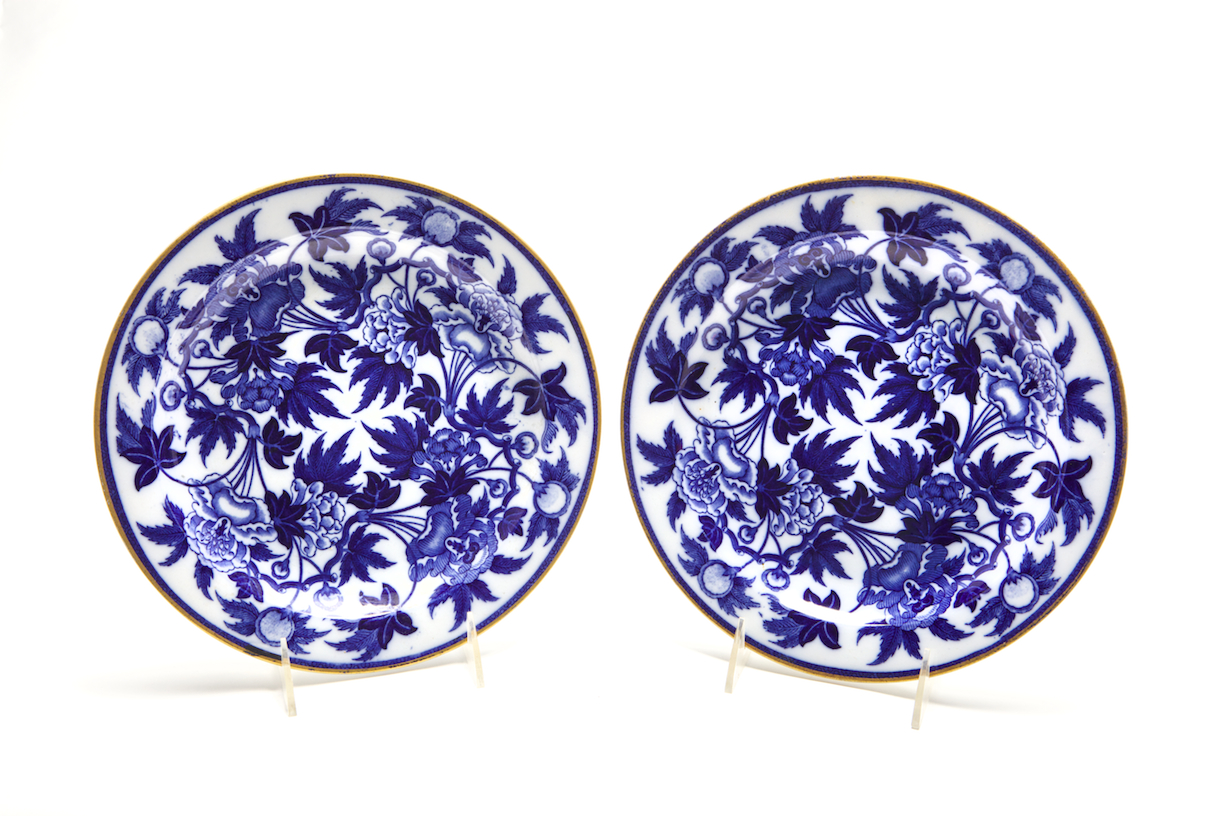 """Set of Eleven Pearlware Dinner Plates with matching meat platter Impressed mark: WEDGWOOD / PEARL, Etruria, Stoke-on-Trent, Staffordshire, 1810-1815. Diameter 10"""""""