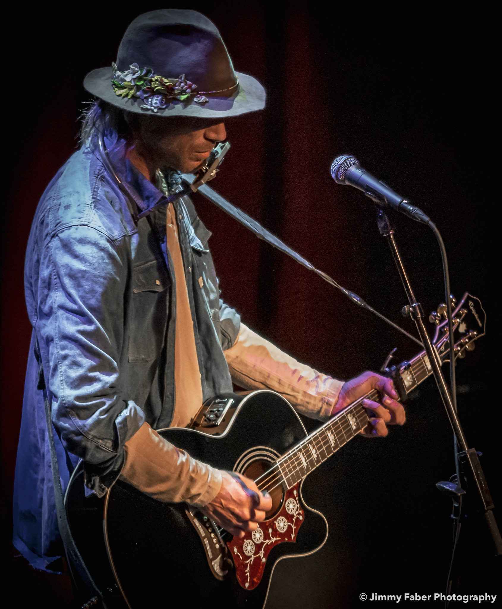 Show Review: Todd Snider Spins Hard Times into Gold at the