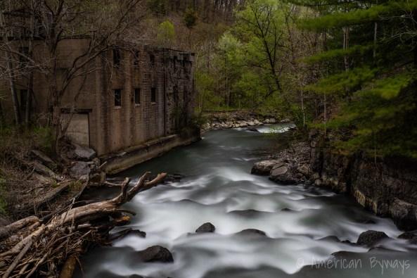 Cascade Mills Falls