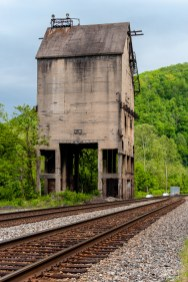 A vintage Chesapeake & Ohio Railway coaling tower.