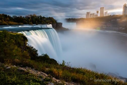 American Falls & Horseshoe Falls (Niagara Falls)