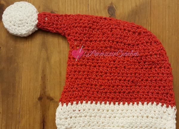 Santa Hat Hotpad | Free Crochet Pattern | American Crochet @americancrochet.com #freecrochetpattern